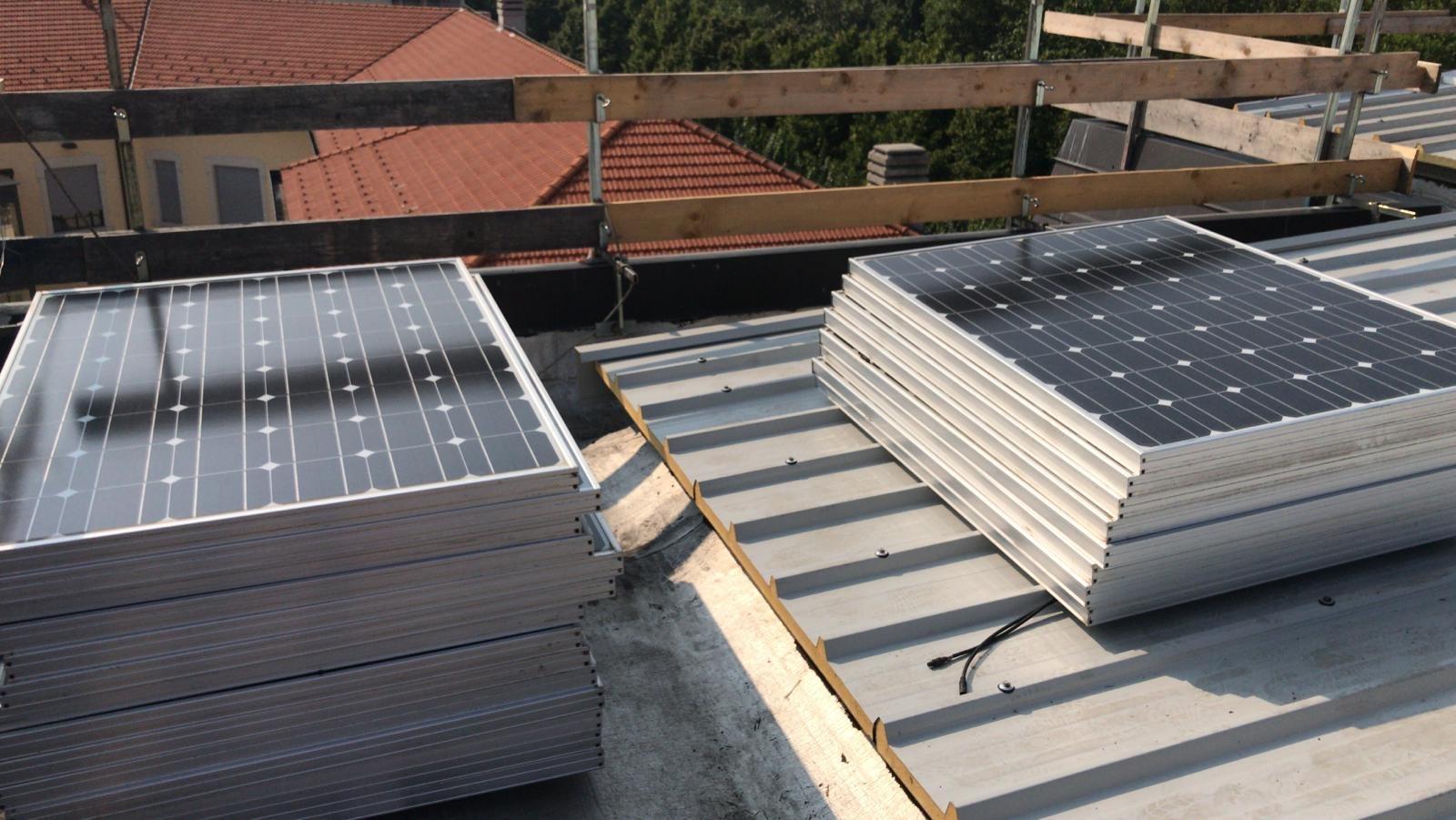Impianto fotovoltaico su tetto a Castellanza Varese
