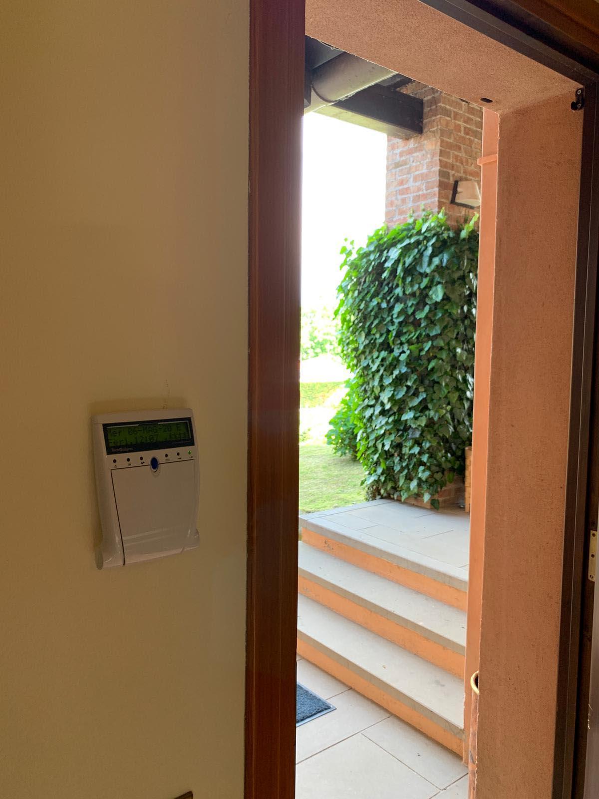 Impianto di allarme a Galliate lombardo, Varese