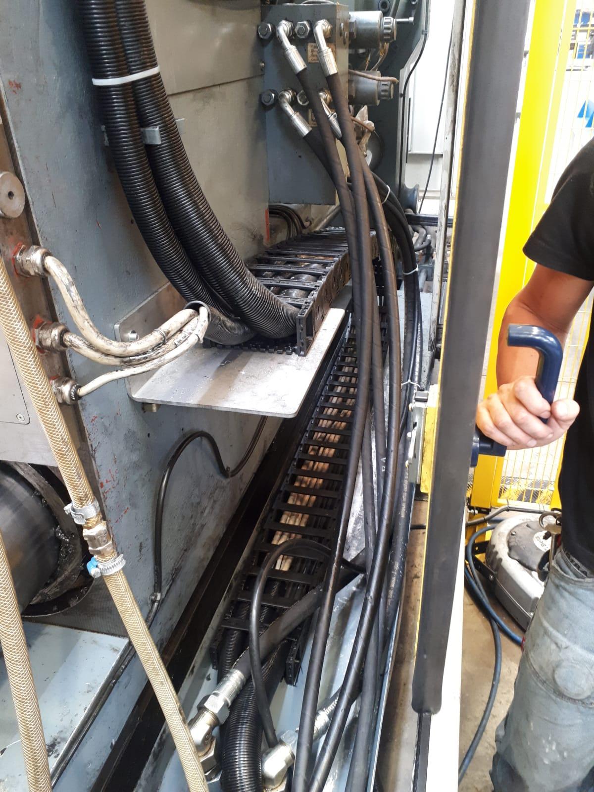 canalina mobile per impianto elettrico industriale, Busto Arsizio (Varese)